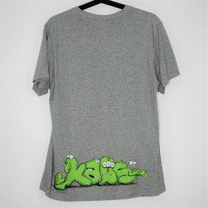 KAWS x Uniqlo Mens Spell Out T-Shirt M650